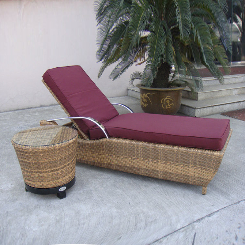 SY-3078 PE rattan lounger