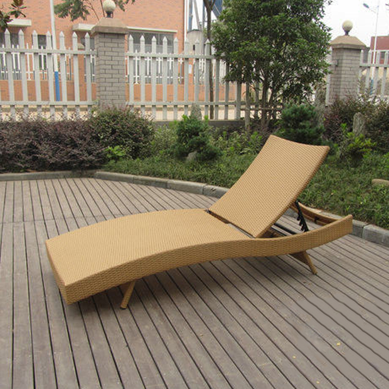 SY-3049 PE rattan lounger
