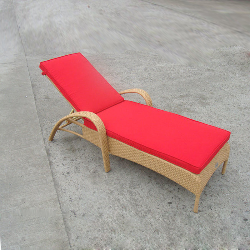 SY-3036 PE rattan lounger