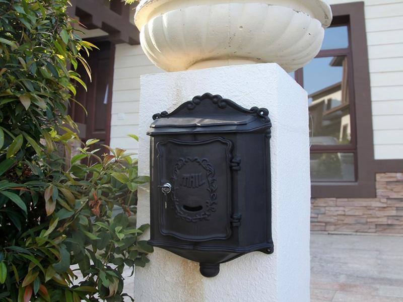 MB003 cast aluminum mail box